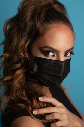 Zacskós 3 rétegű egészségügyi arcmaszk - fekete - 50 db - Fekete